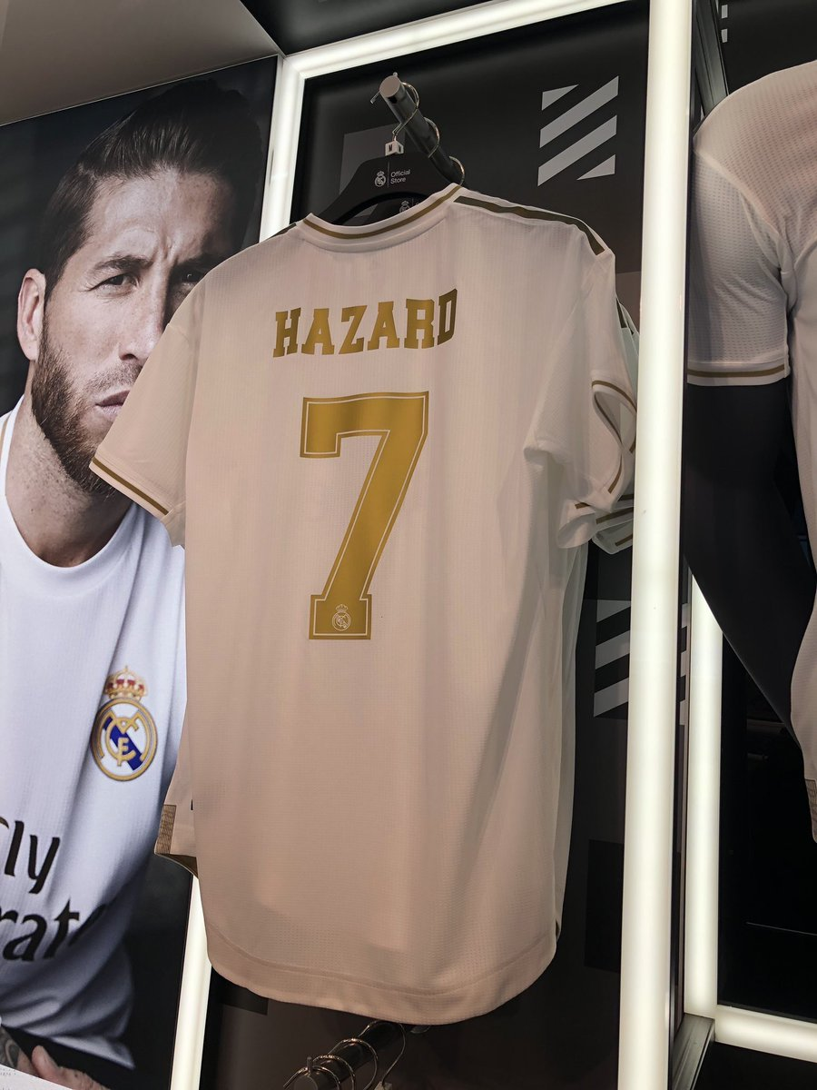 competitive price 8f301 56f1c Hazard's shirt reportedly seen in Real Madrid official store ...