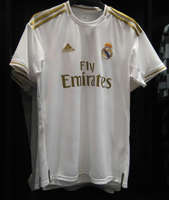 4692584a13 Leaked: New picture of Real Madrid white/gold 2019/2020 home kit ...