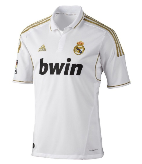 c4da4c4b1 Do you like the white gold theme  Source  Footy Headlines. Real Madrid
